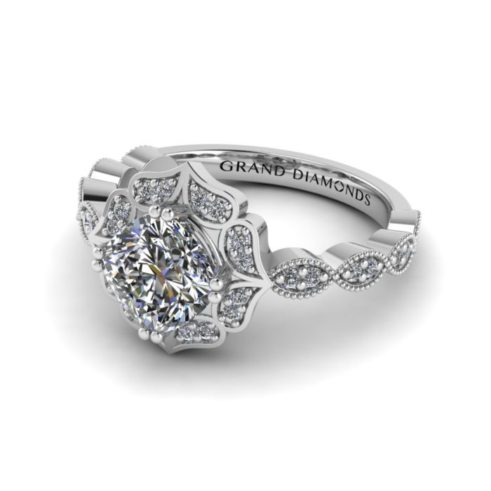 Cushion Cut Diamond Halo