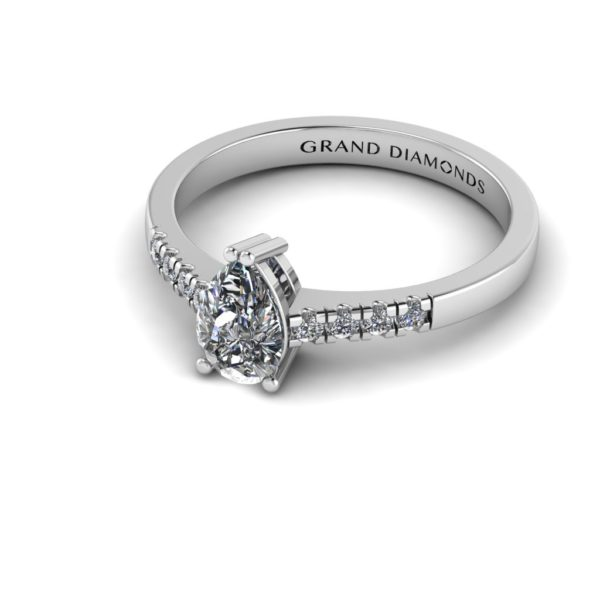 2b9c10379585b Grand Diamonds | The Diamond and Engagement Ring Experts